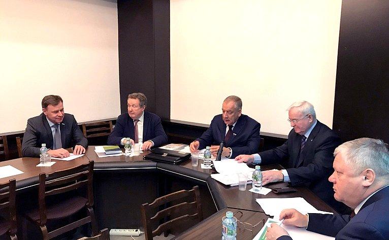 С. Митин провел заседание Временной комиссии СФ повопросам законодательного обеспечения развития технико-технологической базы агропромышленного комплекса
