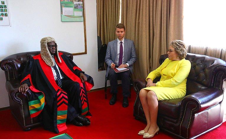 Встреча Председателя СФ Валентины Матвиенко сПредседателем Национальной ассамблеи Республики Замбия Патриком Матибини