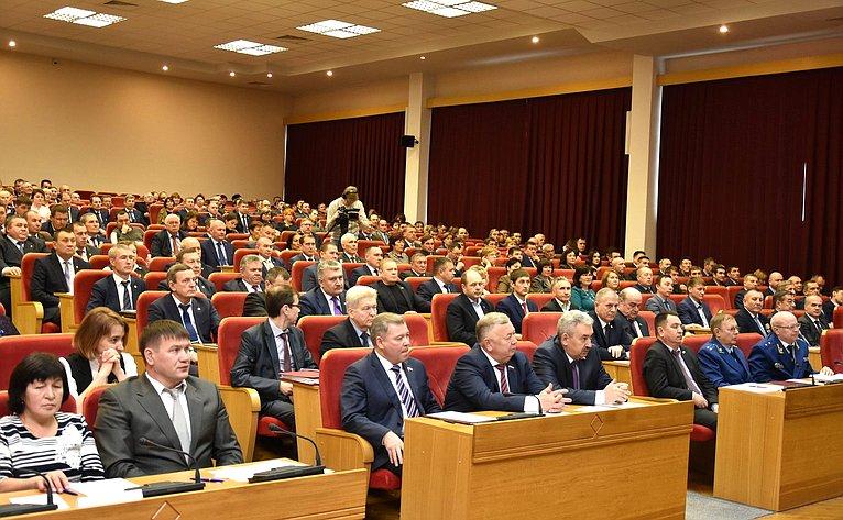Вадим Николаев принял участие вработе VII съезда Совета муниципальных образований Чувашской Республики