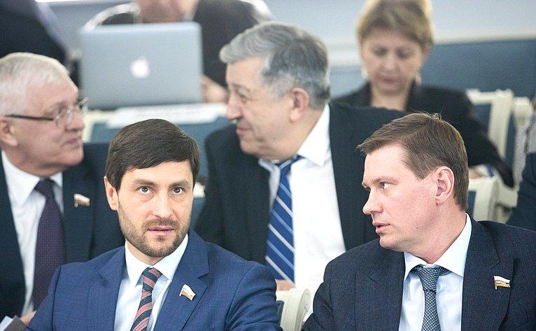 Алексей Синицын иАлександр Пронюшкин