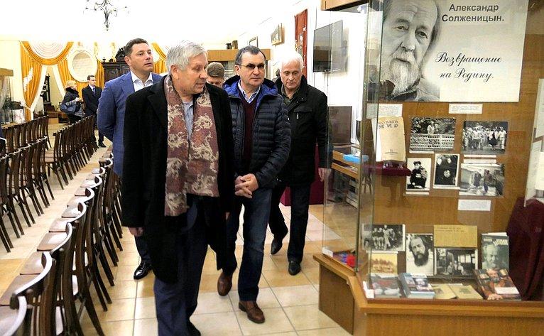 Николай Федоров посетил Национальный парк «Кисловодский» иосмотрел объекты уникального произведения садово-паркового искусства