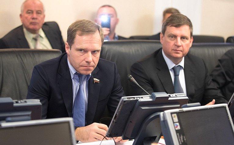 Встреча Г. Кареловой иА. Кутепова счленами делегации VIII Международных парламентских игр
