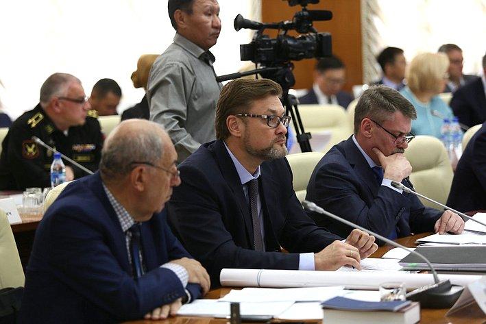 Выездное заседание Совета поАрктике иАнтарктике при СФ сучастием членов Комитета СФ пофедеративному устройству, региональной политике, местному самоуправлению иделам Севера