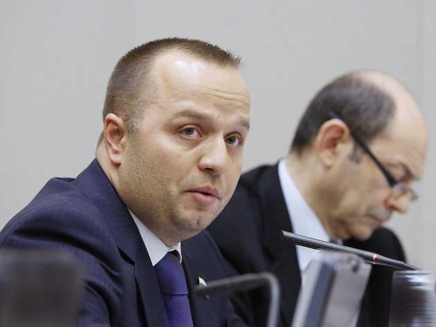 17-04 332 заседание Совета Федерации Добрынин 13