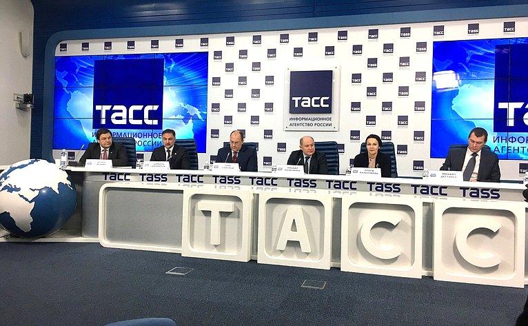 Игорь Фомин принял участие взаседании «круглого стола», посвященном стратегии развития туризма вСеверо-Кавказском федеральном округе