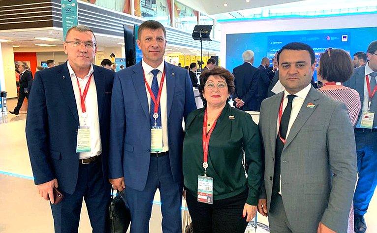 Людмила Талабаева принимает участие вработе Восточного экономического форума
