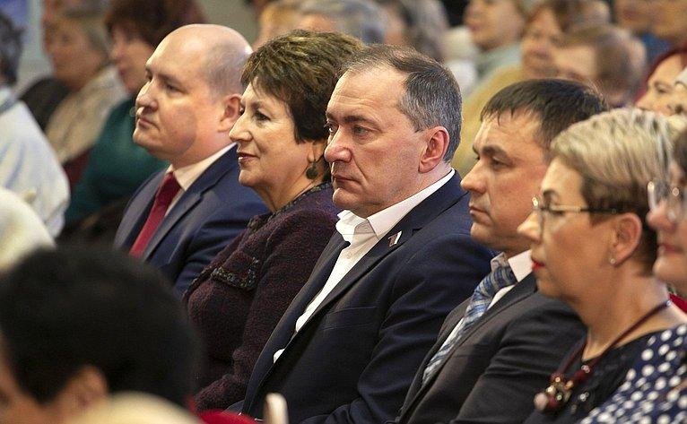 Е. Алтабаева приняла участие вмероприятиях вСевастополе, приуроченных кшестилетию Русской весны