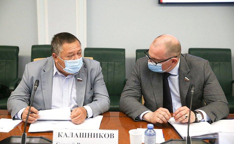 Сергей Калашников иКонстантин Долгов