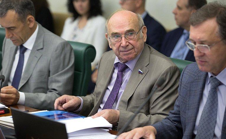 В. Рогоцкий