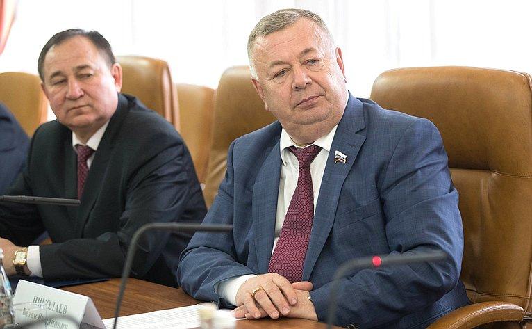 Встреча сенаторов отРеспублики Чувашия срегиональными властями