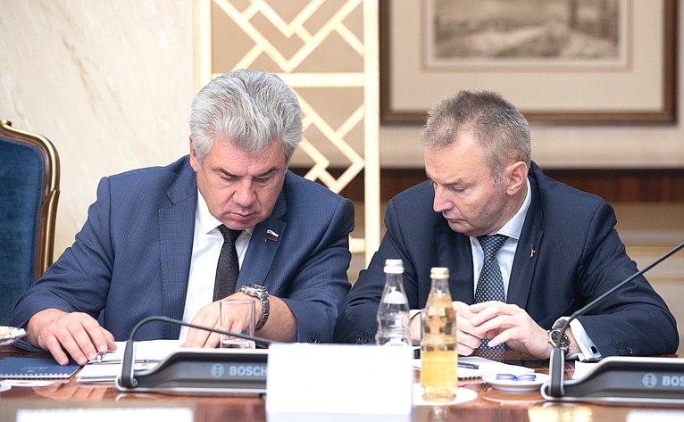 Виктор Бондарев иИгорь Каграманян
