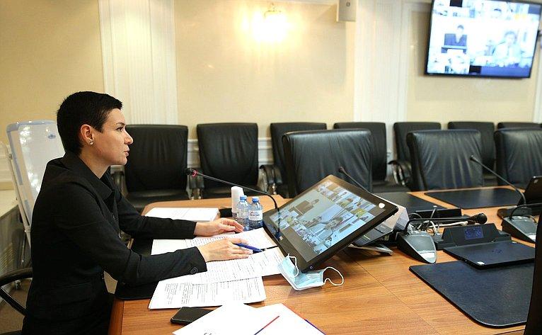 Ирина Рукавишникова провела конференцию натему «Системы правовой помощи иправового просвещения вРоссийской Федерации: проблемы иперспективы»