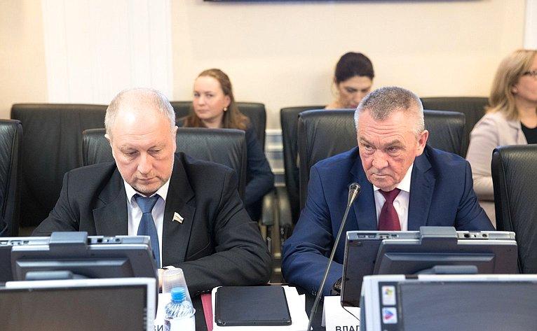 С. Рыбаков иВ. Бекетов
