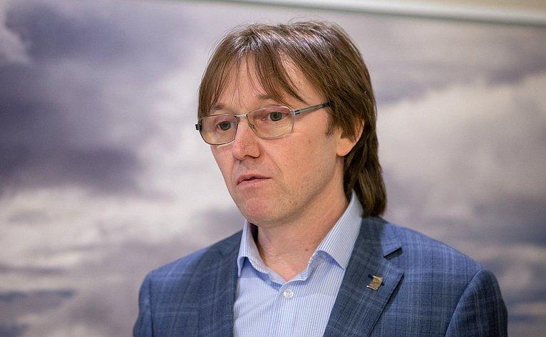 Николай Добрин