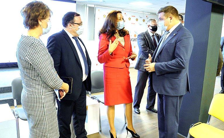 Ирина Петина приняла участие вработе стратегической сессии регионального этапа Форума «Сильные идеи для нового времени»: «Рассмотрение идей, поступивших накрауд-платформу АНО «АСИ»