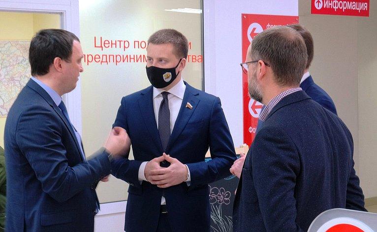 Сенаторы посетили Фабрику «Мой бизнес»