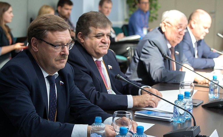 К. Косачев иВ. Джабаров