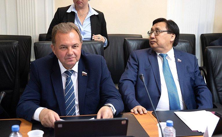 Виктор Павленко иАлександр Акимов