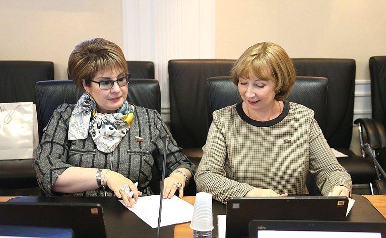 Елена Грешнякова иРимма Галушина