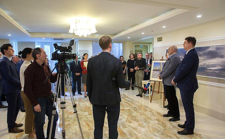 Открытие выставки «Пастель» петербургского художника С.Усика вСовете Федерации