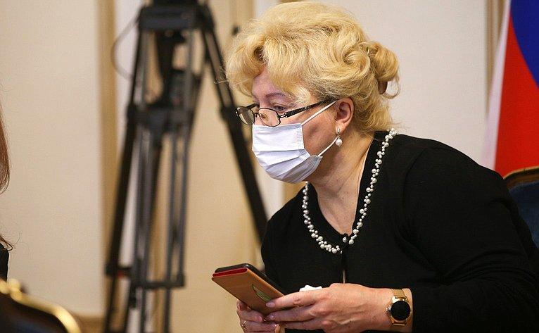 Пресс-конференция Председателя Совета Федерации Валентины Матвиенко поитогам осенней сессии 2020года