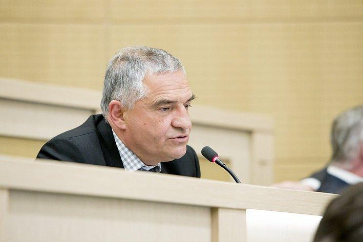 Е. Тарло 371-е заседание Совета Федерации