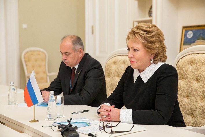 В. Матвиенко на встрече с Нино Бурджанадзе
