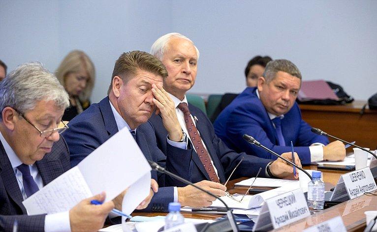 Андрей Шевченко иНиколай Тихомиров