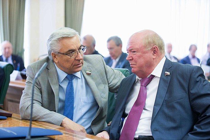 Парламентские слушания по культуре-5 Косоуров и Лопатников