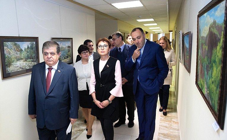 Открытие выставки «Краски Армении» врамках деятельности Межпарламентской комиссии посотрудничеству Федерального Собрания РФ иНационального собрания Армении