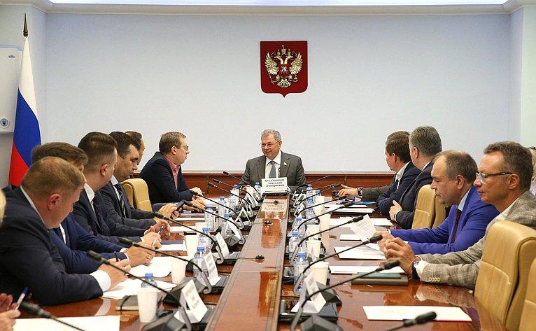 Заседание рабочей группы Комитета СФ побюджету ифинансовым рынкам