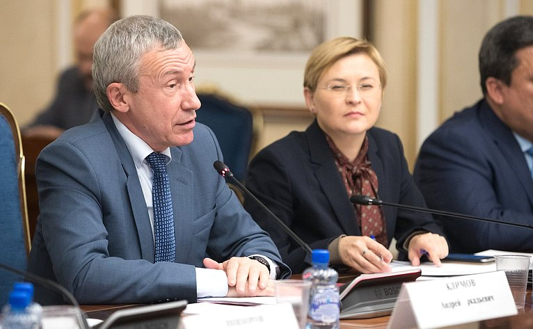 А. Климов иЛ. Бокова