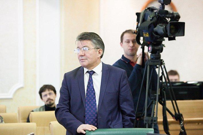 Заседание Президиума Совета законодателей РФ и Консультативного совета по межнациональным отношениям -19 Виктор Озеров