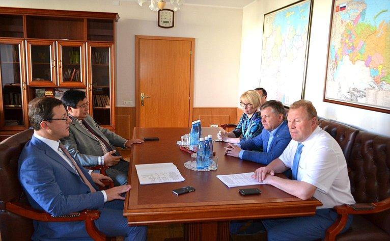 Дмитрий Азаров иАлександр Акимов навстрече сруководителями Республики Саха (Якутия)