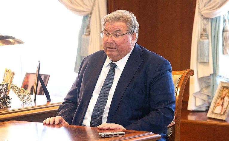 Председатель СФ В. Матвиенко провела встречу сглавой Мордовии В. Волковым