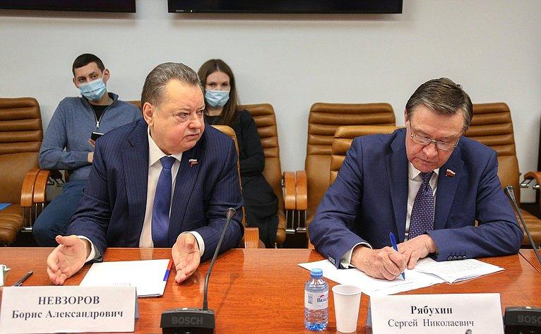 Борис Невзоров иСергей Рябухин