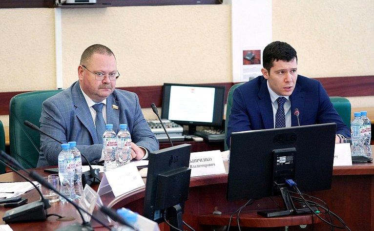 Олег Мельниченко иАнтон Алиханов