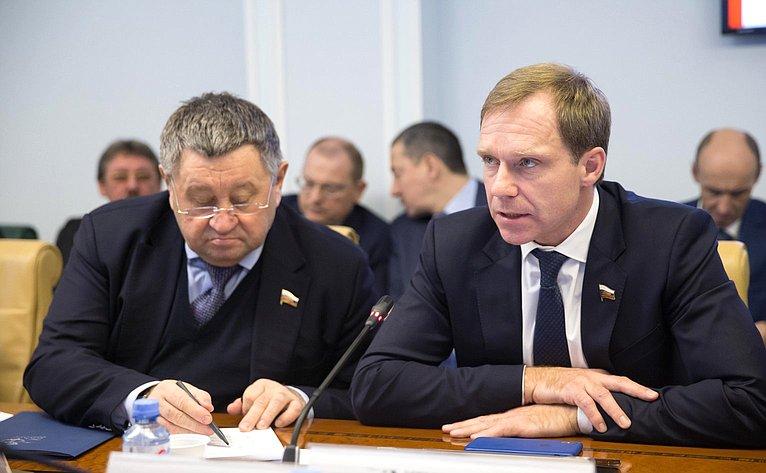 Михаил Пономарев иАндрей Кутепов
