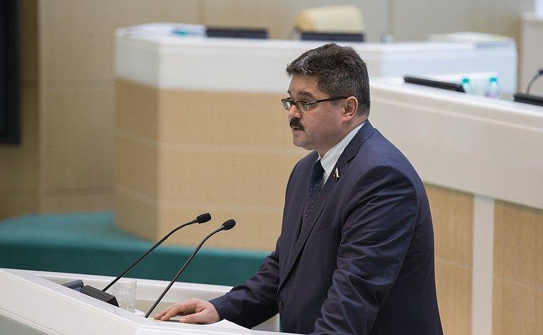 А. Широков на386-м заседании Совета Федерации