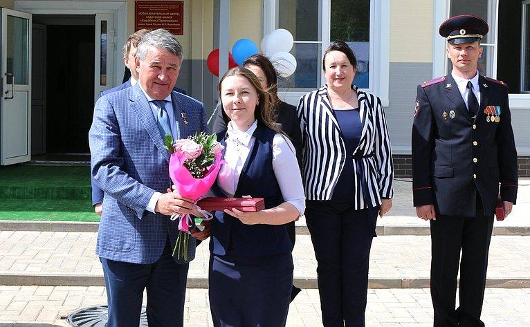 Ю. Воробьев поздравил кадетов школы «Корабелы Прионежья» сокончанием учебного года