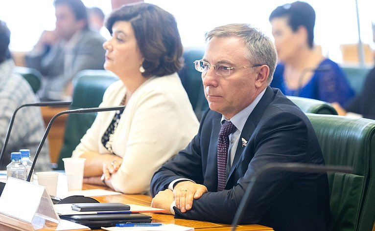 Заседание Совета порегиональному здравоохранению при СФ