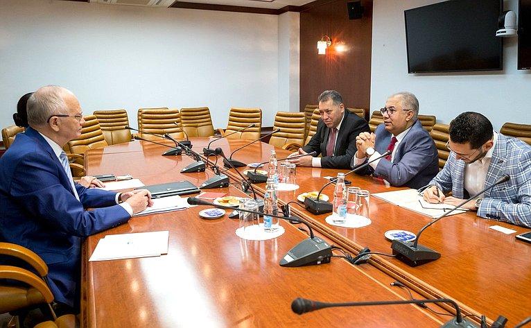 Встреча Фарита Мухаметшина сГенеральным секретарем Всемирного совета мусульманских сообществ М.Аль Бишари