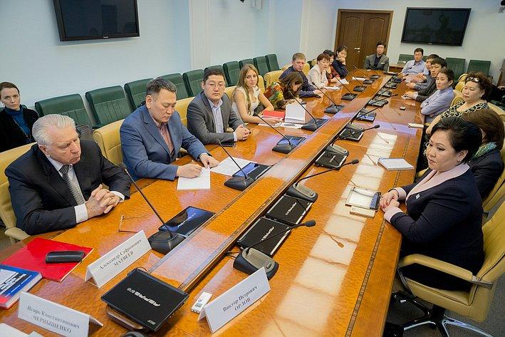 Игорь Чернышенко  встретился с группой государственных и муниципальных служащих из ряда северных регионов страны, проходящих обучение в РАНХ и ГС при Президенте РФ