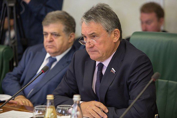 Ю. Воробьев провел Заседание Комитета общественной поддержки жителей Юго-Востока Украины по вопросам оказания помощи беженцам