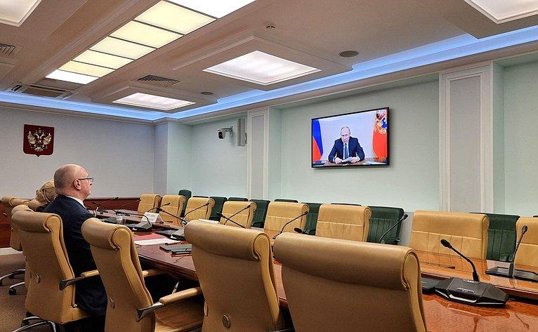 Сенаторы РФ приняли участие вежегодном совещании судей