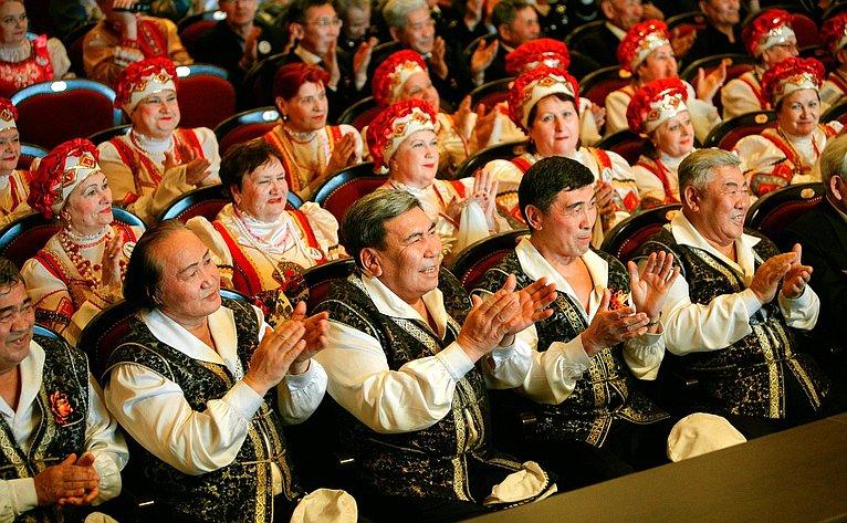 Валерий Рязанский посетил финальный этап всероссийского конкурса вокально-хоровых коллективов пенсионеров «Поединки хоров»