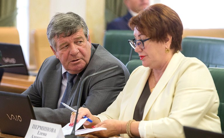 Валерий Семенов иЕлена Перминова