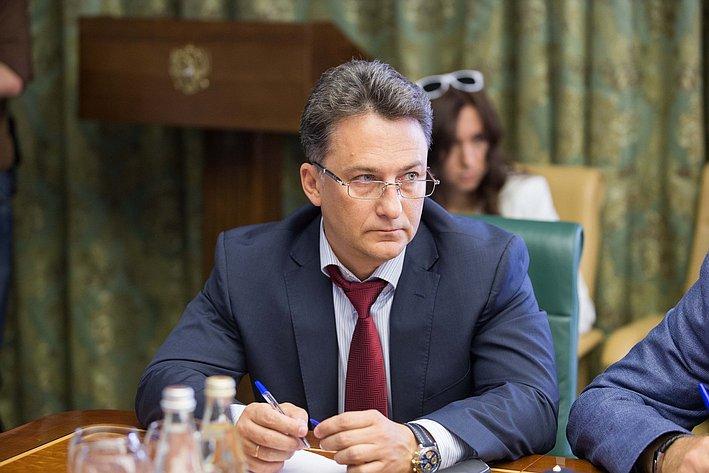 Комиссия по помощи Юго-Востоку Украины-14