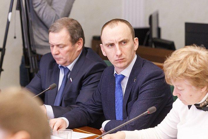 М. Марченко Заседание Комитета общественной поддержки жителей Юго-Востока Украины