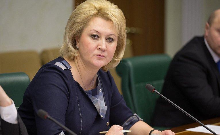 Л. Гумерова назаседании Комитета общественной поддержки жителей Юго-Востока Украины